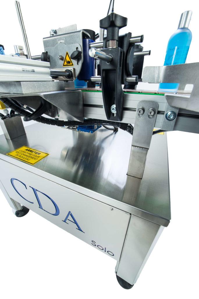 Modellreihe Solo – automatische, kompakte Etikettiermaschinen von CDA