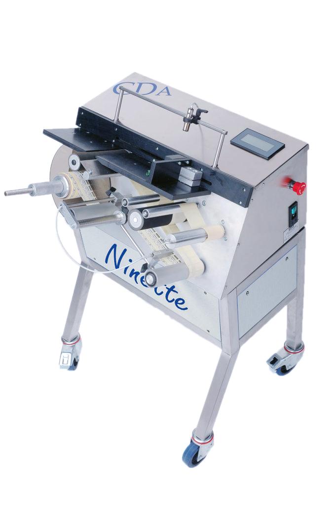 Ninette Flat products, halbautomatische CDA-Etikettiermaschine für Schachteln
