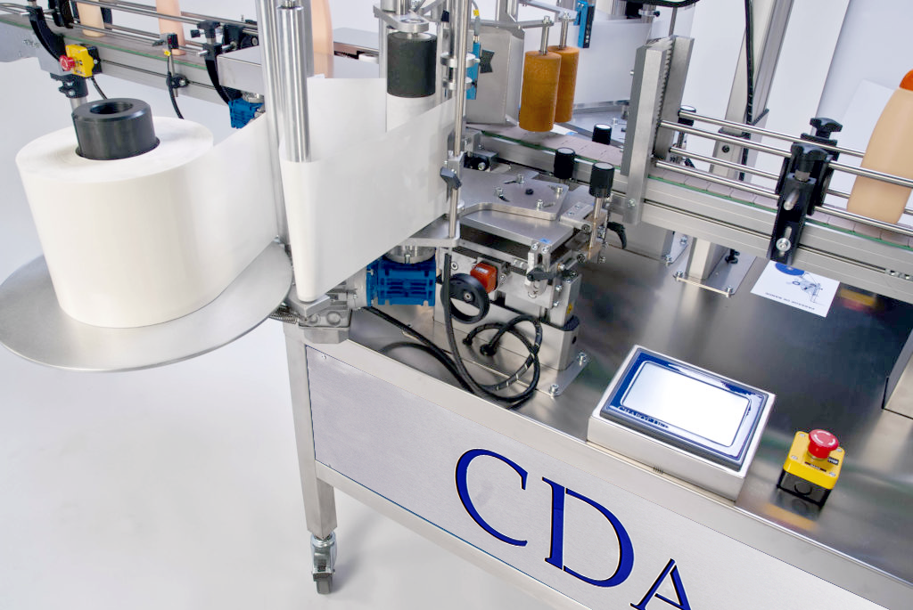Ninon Side, CDA's automatic labelling machine