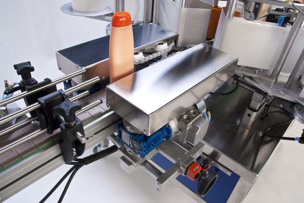 Ninon Side, automatische Seiten-Etikettiermaschine von CDA