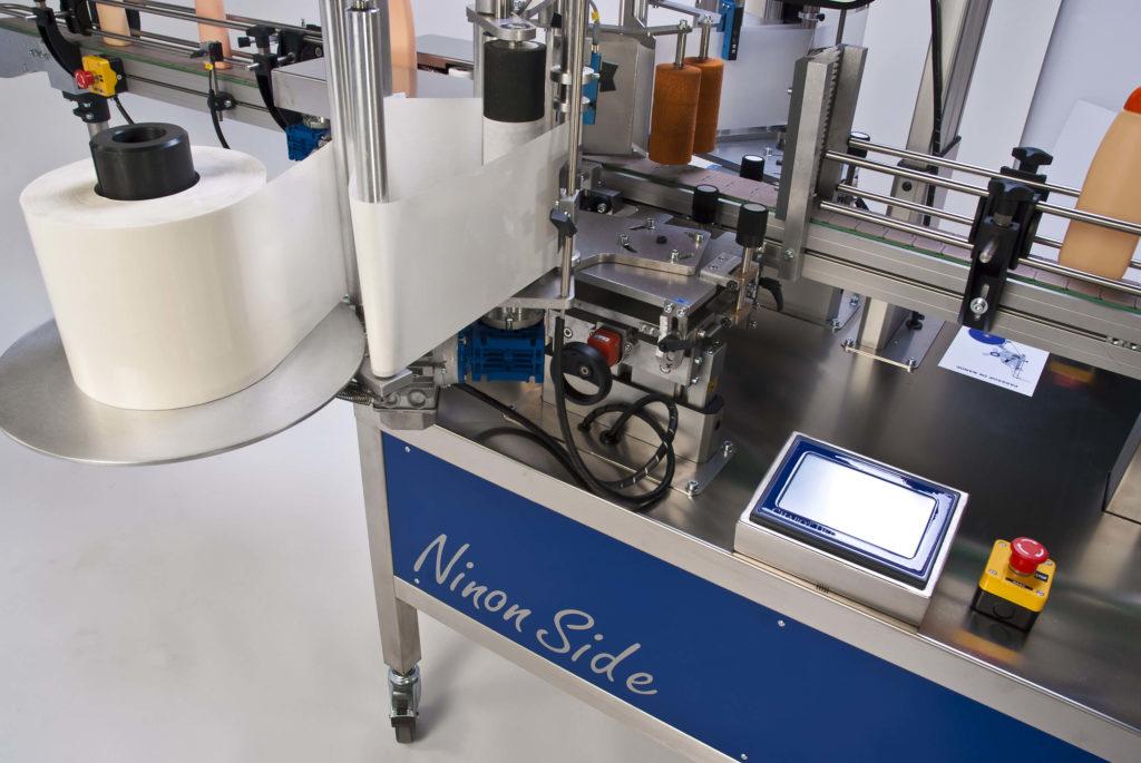 Ninon Side, automatische Etikettiermaschine von CDA