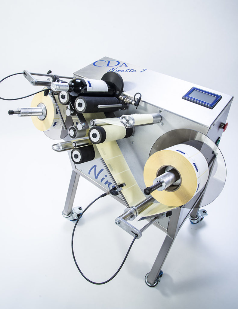 ninette 2 CDA semi-automatic labelling machine for 2-label applications