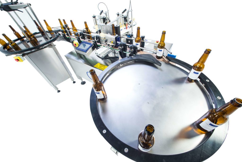 b1500 CDA's automatic beer bottle labelling machine